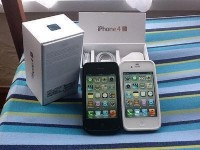 Apple iPhone 4s 64GB & Apple iPad 3 64GB