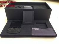 Bb porsche design with Arabic and English keyboard (500$):BBM CHAT 2719D56E